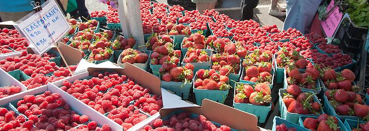 Port Townsend Farmers Market, berries, Washington State, Pacific Northwest, USA,