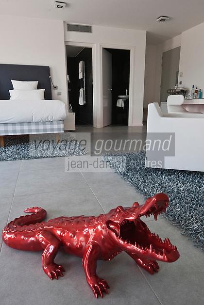 Europe/France/Provence -Alpes-Cote d'Azur/83/Var/Gassin: Hôtel Kube, rte de St Tropez.