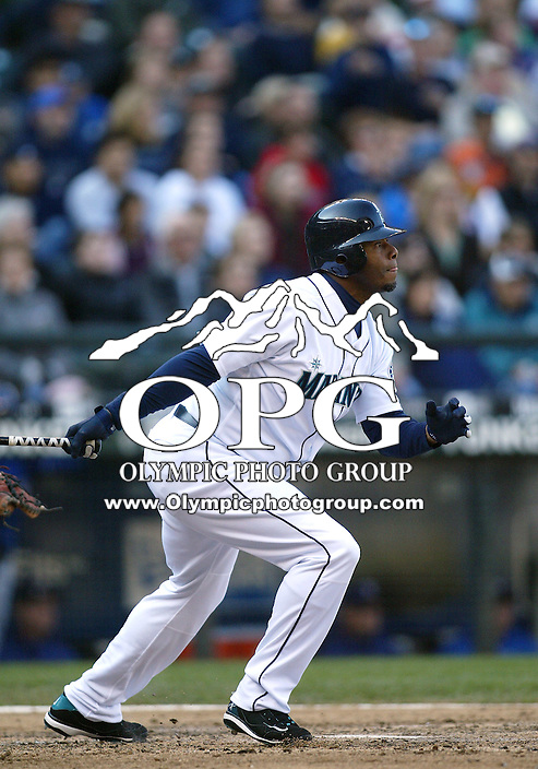 04 October 2009: Seattle Mariners designated hitter Ken Griffey Jr lines out to center in the 5th inning against the Texas Rangers. Seattle won 4-3 over the Texas Rangers at Safeco Field in Seattle, Washington.