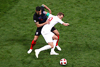 MOSCU - RUSIA, 11-07-2018: Dejan LOVREN (Izq) jugador de Croacia disputa el balón con Harry KANE (Der) jugador de Inglaterra durante partido de Semifinales por la Copa Mundial de la FIFA Rusia 2018 jugado en el estadio Luzhnikí en Moscú, Rusia. / Dejan LOVREN (L) player of Croatia fights the ball with Harry KANE (R) player of England during match of Semi-finals for the FIFA World Cup Russia 2018 played at Luzhniki Stadium in Moscow, Russia. Photo: VizzorImage / Julian Medina / Cont