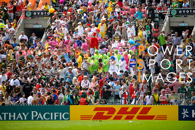 South Africa vs USA on Day 2 of the 2012 Cathay Pacific / HSBC Hong Kong Sevens at the Hong Kong Stadium in Hong Kong, China on 24th March 2012. Photo © Andy Jones / PSI for HKRFU