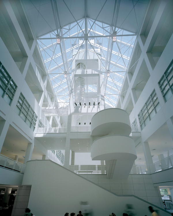 Tangeman University Center at the University of Cincinnati | Gwathmey Siegel & Associates Architects