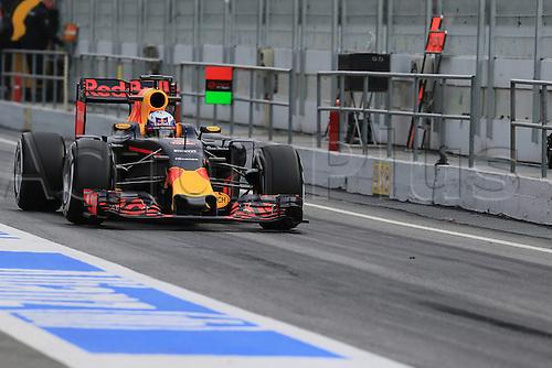 02.03.2016. Barcelona, Spain. Formula 1 winter car testing at Circuit de Barcelona Catalunya Test 2 Day 2.  Red Bull Racing RB12 - Daniel Ricciardo