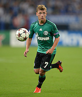 FUSSBALL   CHAMPIONS LEAGUE   SAISON 2013/2014   PLAY-OFF FC Schalke 04 - Paok Saloniki        21.08.2013 Max Meyer (FC Schalke 04) am Ball