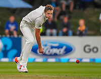 Tim Southee bowls during day one of the 2nd cricket test match between the New Zealand Black Caps and Sri Lanka at the Hawkins Basin Reserve, Wellington, New Zealand on Saturday, 3 February 2015. Photo: Dave Lintott / lintottphoto.co.nz