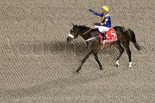 27 03 2010  Worry 27 03 2010 Dubai are United Arab Emirates Gloria de Campeao with Tiago Pereira Up After Winning The Dubai World Cup MEYDAN Racecourse