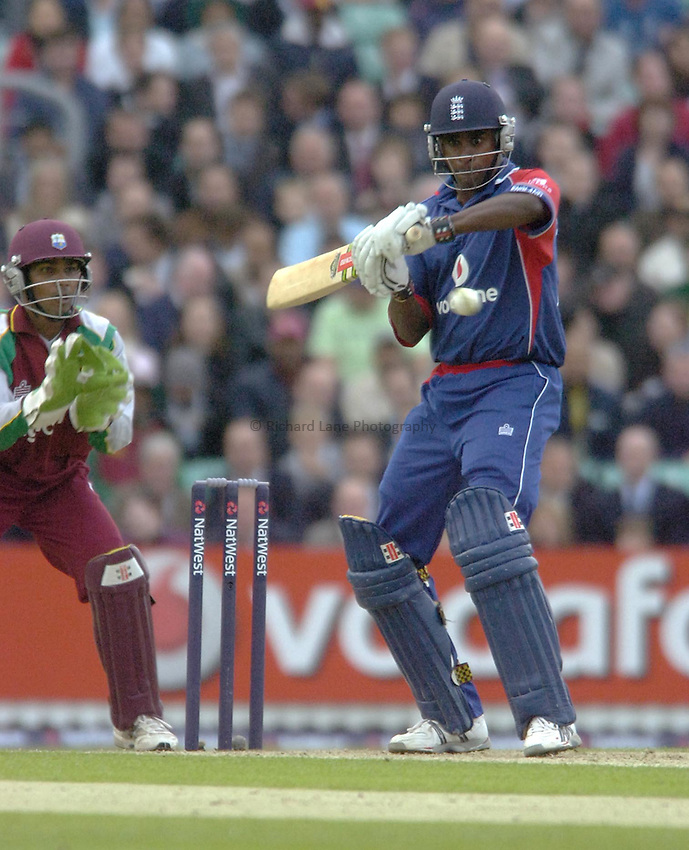 Photo: Matt Bright..England v West Indies. Twenty20 International. 28/06/2007...Dimitri Mascarenhas of England edges to Denesh Ramdin of West Indies.
