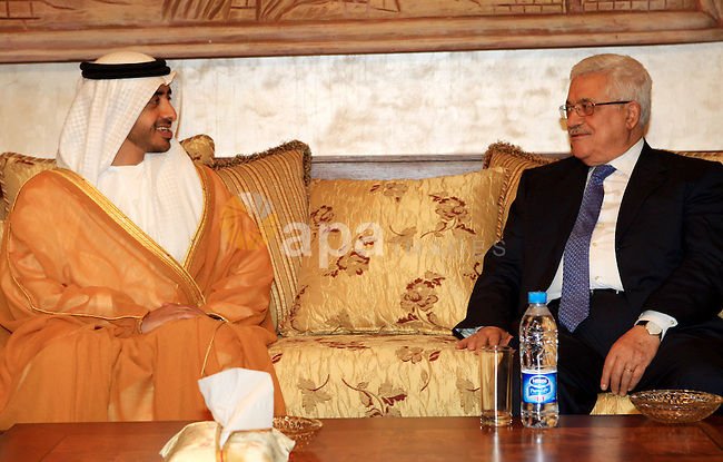 Palestinian President Mahmoud Abbas meets with the UAE Foreign Affairs minister Sheikh Abdullah bin Zayed in the Jordanian capital of Amman on July 9, 2009. Photo by Thaer Ganaim
