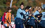 Laren - Doepunt voor Laren, Maxime Kerstholt (Lar) , tijdens de Livera hoofdklasse  hockeywedstrijd dames, Laren-Oranje Rood (1-3). . COPYRIGHT KOEN SUYK