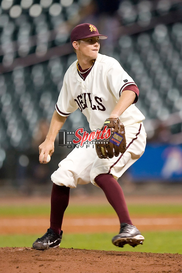 Arizona State's Mike Leake (8) winds up to deliver a pitch versus Texas A&M at the 2007 Houston College Classic at Minute Maid Park in Houston, TX, Friday, February 9, 2007.  Arizona State defeated Texas A&M 5-4.