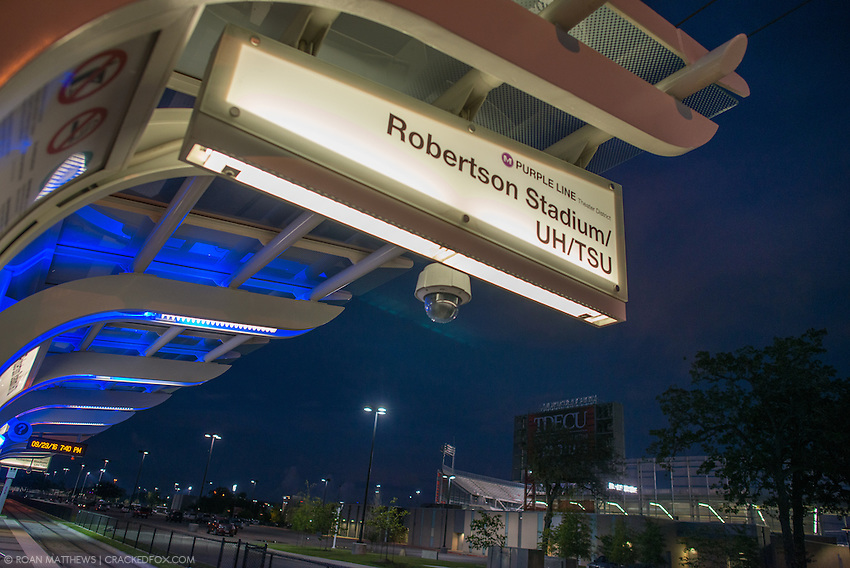 Robertson Stadium, University of Houston, TSU, Metro, Rail, train, TDECU stadium, purple line, transportation, transit, public