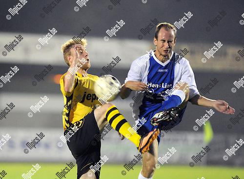 2014-09-20 / Voetbal / seizoen 2014-2015 / KFC Lille - KFC Nijlen / Jonas De Cnaep (l. Lille) met Arno Dirkx<br /><br />Foto: Mpics.be
