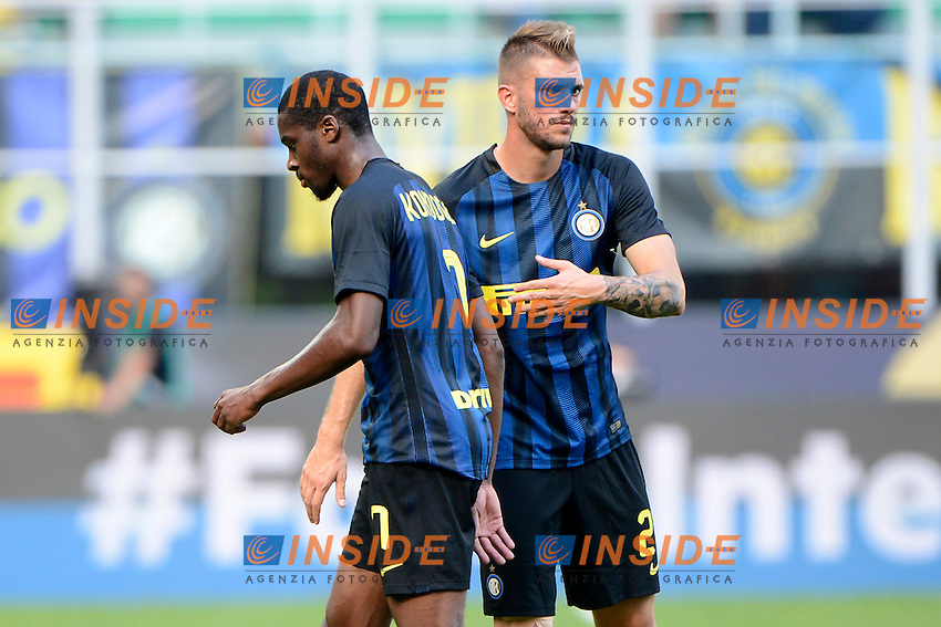 Geoffrey Kondogbia e Davide Santon Inter<br /> Milano 25-09-2016 Stadio Giuseppe Meazza - Football Calcio Serie A Inter - Bologna. Foto Giuseppe Celeste / Insidefoto