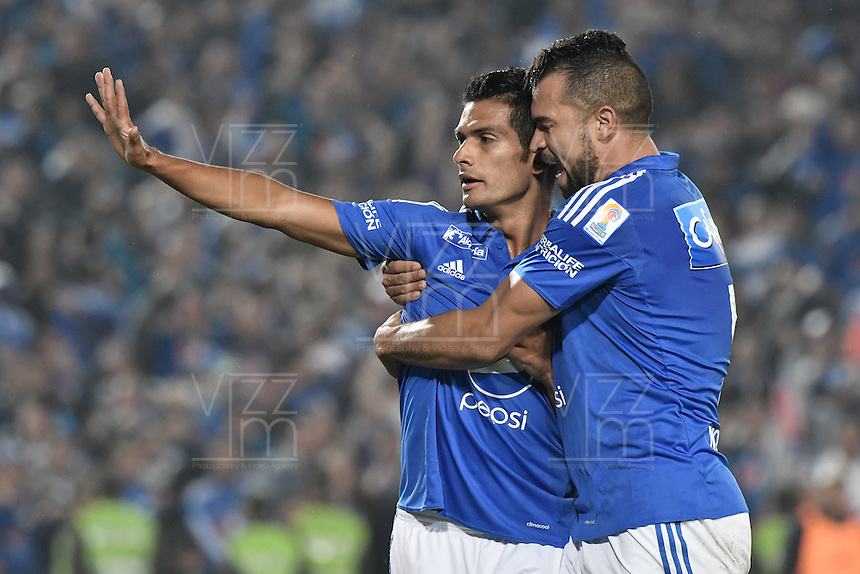 BOGOTA - COLOMBIA -27 -11-2016: David Silva (Izq) de Millonarios celebra después de anotar un gol a Atlético Nacional durante partido de ida por los cuartos de final de la Liga Aguila II 2016 jugado en el estadio Nemesio Camacho El Campin de la ciudad de Bogota. / David Silva (L) of Millonarios celebrates after scoring a goal to Atletico Nacional during first leg match for the final quarters of the Liga Aguila II 2016 played at the Nemesio Camacho El Campin Stadium in Bogota city. Photo: VizzorImage / Gabriel Aponte / Staff.