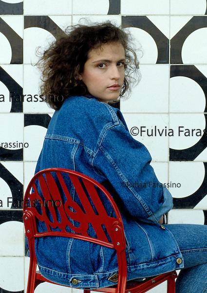 Milano 1989, Lara Cardella scrittrice italiana, autrice del libro  Volevo i pantaloni