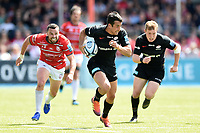 Alex Lozowski of Saracens goes on the attack. Gallagher Premiership Semi Final, between Saracens and Gloucester Rugby on May 25, 2019 at Allianz Park in London, England. Photo by: Patrick Khachfe / JMP
