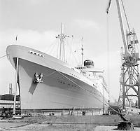 Juli 1969.  Scheepswerf Mercantile Marine Engineering in Antwerpen.  Schip Pendennis Castle.