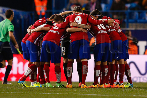 21.02.2016. Madrid, Spain.  La Liga football match between Atletico de Madrid and Villerreal CF at the Vicente Calderon stadium in Madrid, Spain, February 21, 2016 . Atletico huddle pre-game