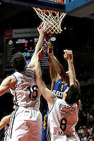 Real Madrid's Mirza Begic, Carlos Suarez (r) and Maccabi's Smith during Euroliga quarter final match. April 10,2013.(ALTERPHOTOS/Alconada) /NortePhoto