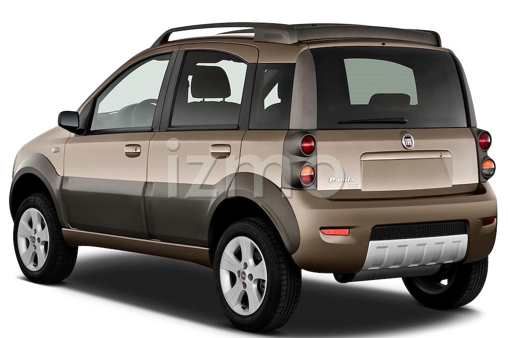 Rear three quarter view of a 2009 Fiat Panda 5 Door 4x4
