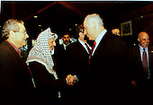 Israeli Prime Minister Binyamin Netanyahu and Palestinian Authority Chairman Yasser Arafat at the Washington Summit at Wye River on Thursday, October 22, 1998..Mandatory Credit: White House via CNP
