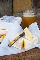 France, Calvados (14), Pays d' Auge, Saint-Philbert-des-Champs, AOP Pont-l'évêque , chez Françoise et Jerôme Spruytte // France, Calvados, Pays d' Auge, Saint Philbert des Champs, Pont l'Évêque cheese, Françoise et Jerôme Spruytte, Pont l'Évêque cheese producers