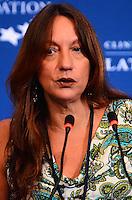 RIO DE JANEIRO, RJ, 09.11.2013 - DANIELA MARKIS / BID / CLINTON GLOBAL INTIATIVE (CGI) / RJ- Daniela Markis, representante do BID (Banco Interamericano de Desenvolvimento) no Clinton Global Intiative, na tarde desta segunda-feira (09), anuncia investimento social de 16 milhões de dólares para a América Latina, em Copacabana, na zona sul do rio de Janeiro.(Foto: Marcelo Fonseca / Brazil Photo Press).