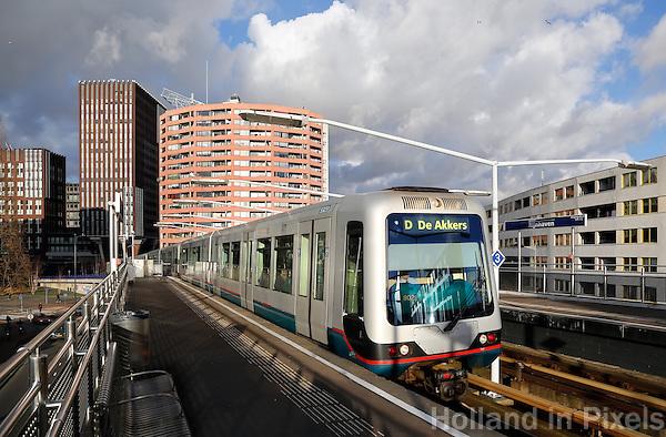 Metro de Akkers  in Rotterdam Zuid