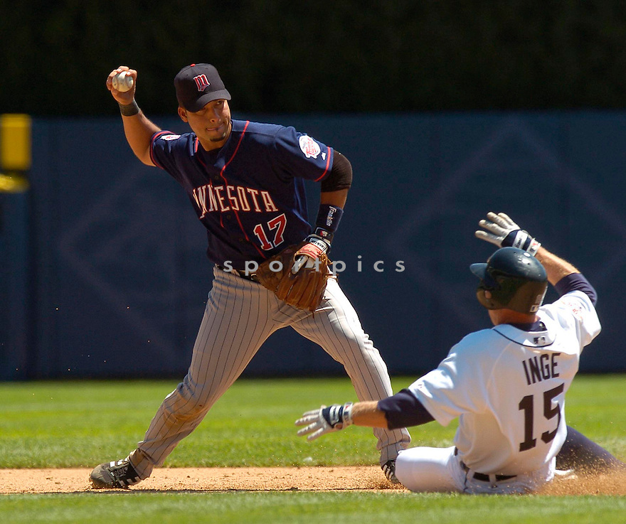 Juan Castro, of the Minnesota Twins,  in action against the Detroit Tiger on July 23, 2005...Tigers win 2-1...David Durochik / SportPics