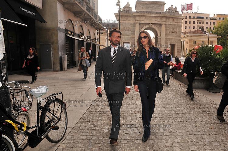 Milano: il quartiere rinnovato di Porta Nuova, Manfredi Catella e la moglie Kelly in corso Como