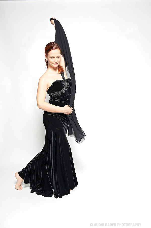 Deborah Leonetti; Soprano; Singer; Dancer; Actress