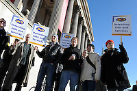 PCS National Strike. 8-3-10 The picket line at the National Gallery.
