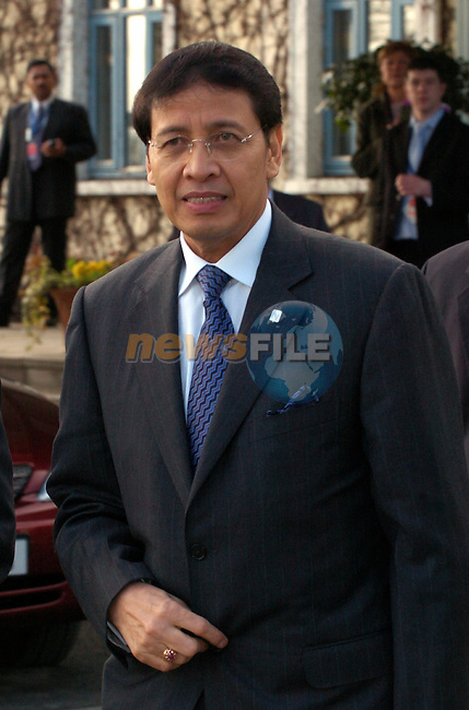 Indonesian Foreign minister,Hassan Wirajuda arrives for the 6th ASEM Foreign ministers'meeting in Straffan (Ireland) 18april 2004. AFP PHOTO FRAN CAFFREY/NEWSFILE