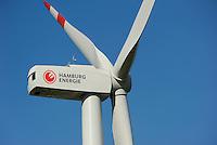 Hamburg, ehemaliger Muellberg Georgswerder wird im Rahmen eines IBA Projektes zu einem regenerativen Energieberg. Windenergie Sonnenenergie und Deponiegase versorgen ueber 2000 Haushalte der Elbinsel mit Strom. Der Energieberg soll als Aussichtspunkt ab 2013 oeffentlich zugaenglich gemacht werden , REpower 3.4 MW Windturbine von Hamburg Energie auf dem Georgswerder Muellberg | <br /> GERMANY Hamburg wind energy on a former garbage dumping site , REpower 3.4 MW wind turbine