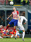 Real Madrid's Garet Bale (r) and Atletico de Madrid's Filipe Luis during UEFA Champions League 2015/2016 Final match.May 28,2016. (ALTERPHOTOS/Acero)