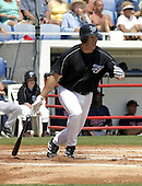 March 29, 2004:  Simon Pond of the Toronto Blue Jays organization during Spring Training at Dunedin Stadium in Dunedin, FL.  Photo by:  Mike Janes/Four Seam Images