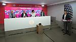"""23.07.2020, nph001 Fussball 1.Bundesliga, FC Bayern Muenchen - Neuvorstellung Leroy Sane emspor (Leroy Aziz San) <br /> <br /> <br /> <br />  im Bild<br /> <br /> Leroy Sane,  Karl-Heinz """"Kalle"""" Rummenigge (Vorstandsvorsitzender FC Bayern Muenchen)<br />  Hasan Salihamidzic FC Bayern zum Sportvorstand FC Bayern, Oilver Kahn Vorstands-Mitglied der FC Bayern München <br /> <br /> <br /> <br /> <br /> Foto: FC Bayern Muenchen/Pool/ via nordphoto"""