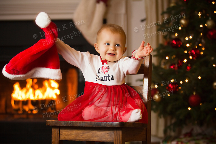 Baby Girl 8 month old Christmas pictures