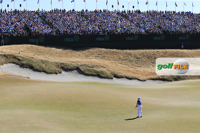 Rory MCILROY (NIR) putts on the 18th green during Sunday's Final Round of the 2015 U.S. Open 115th National Championship held at Chambers Bay, Seattle, Washington, USA. 6/21/2015.<br /> Picture: Golffile | Eoin Clarke<br /> <br /> <br /> <br /> <br /> All photo usage must carry mandatory copyright credit (&copy; Golffile | Eoin Clarke)