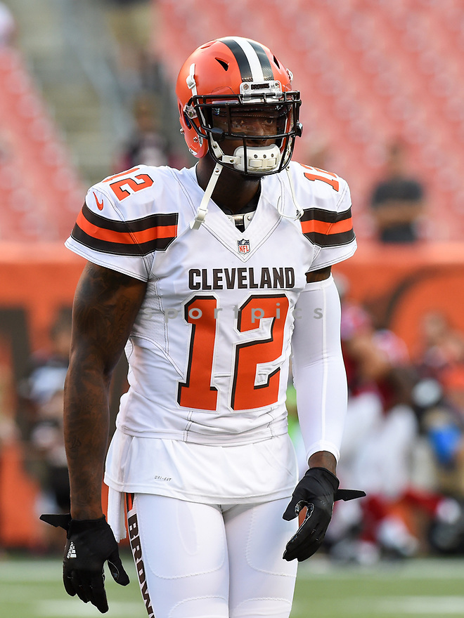 CLEVELAND, OH - AUGUST 18, 2016: Wide receiver Josh Gordon #12 of the Cleveland Browns stands on the field prior to a preseason game on August 18, 2016 against the Atlanta Falcons at FirstEnergy Stadium in Cleveland, Ohio. Atlanta won 24-13 (Photo by: 2016 Nick Cammett/Diamond Images) *** Local Caption *** Josh Gordon