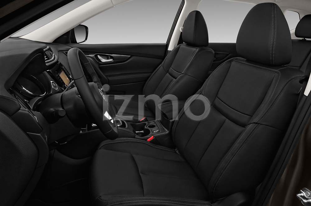 Front seat view of 2018 Nissan X-Trail Tekna 5 Door SUV Front Seat  car photos
