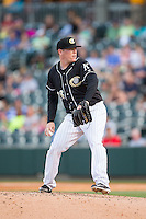 Charlotte Knights starting pitcher Shawn Haviland (28) in action against the Columbus Clippers at BB&T BallPark on May 27, 2015 in Charlotte, North Carolina.  The Clippers defeated the Knights 9-3.  (Brian Westerholt/Four Seam Images)