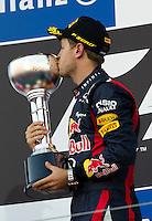 ATENCAO EDITOR IMAGEM EMBARGADA PARA VEICULOS INTERNACIONAL - SUZUKA, JAPAO, 07 OUTUBRO 2012 - F1 GP DO JAPAO - O piloto alemao Sebastian Vettel, da equipe Red Bull, conquista a vitoria nesta domingo, 07, no Grande Premio do Japão de Fórmula 1, em Suzuka. (FOTO: PIXATHLON / BRAZIL PHOTO PRESS).