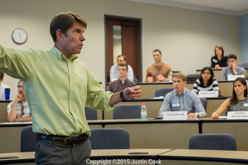 Mark Lang's accounting class class at the McColl Building at the Kenan-Flagler Business School at The University of North Carolina at Chapel Hill in Chapel Hill, NC on Friday, July 24, 2015. (Justin Cook for The Wall Street Journal)<br /> <br /> Story Summary: Students are showing up early on business-school campuses, even when they don&rsquo;t have to. At schools like UNC Chapel-Hill&rsquo;s Kenan-Flagler Business School and NYU Stern, summer sessions&mdash;intended to get students without business backgrounds up to speed before the semester begins&mdash;are growing in popularity as even finance whizzes say they don&rsquo;t want to miss the chance to polish their job-search plans and socialize with their new classmates.