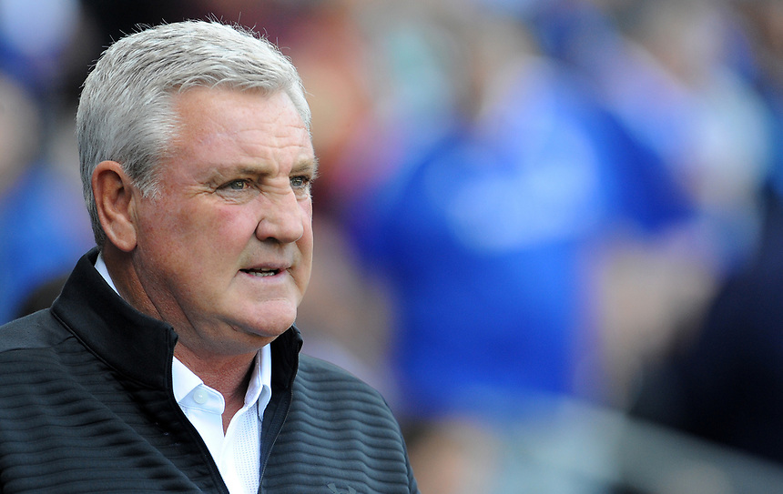 Aston Villa manager Steve Bruce <br /> <br /> Photographer Ian Cook/CameraSport<br /> <br /> The EFL Sky Bet Championship - Cardiff City v Aston Villa - Saturday August 12th 2017 - Cardiff City Stadium - Cardiff<br /> <br /> World Copyright &copy; 2017 CameraSport. All rights reserved. 43 Linden Ave. Countesthorpe. Leicester. England. LE8 5PG - Tel: +44 (0) 116 277 4147 - admin@camerasport.com - www.camerasport.com