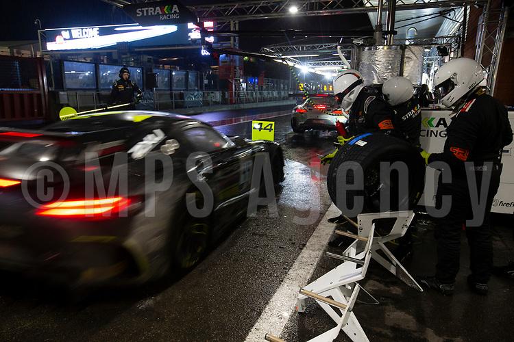 #44 MERCEDES AMG TEAM STRAKKA RACING (GBR) MERCEDES-AMG GT3 LEWIS WILLIAMSON (GBR) GARY PAFFETT (GBR) TRISTAN VAUTIER (FRA)