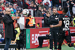 17.03.2019, BayArena, Leverkusen, GER, 1. FBL, Bayer 04 Leverkusen vs. SV Werder Bremen,<br />  <br /> DFL regulations prohibit any use of photographs as image sequences and/or quasi-video<br /> <br /> im Bild / picture shows: <br /> Peter Bosz Trainer / Headcoach (Bayer 04 Leverkusen), wirft den Ball Wendell (Leverkusen #18), zu<br /> <br /> Foto © nordphoto / Meuter