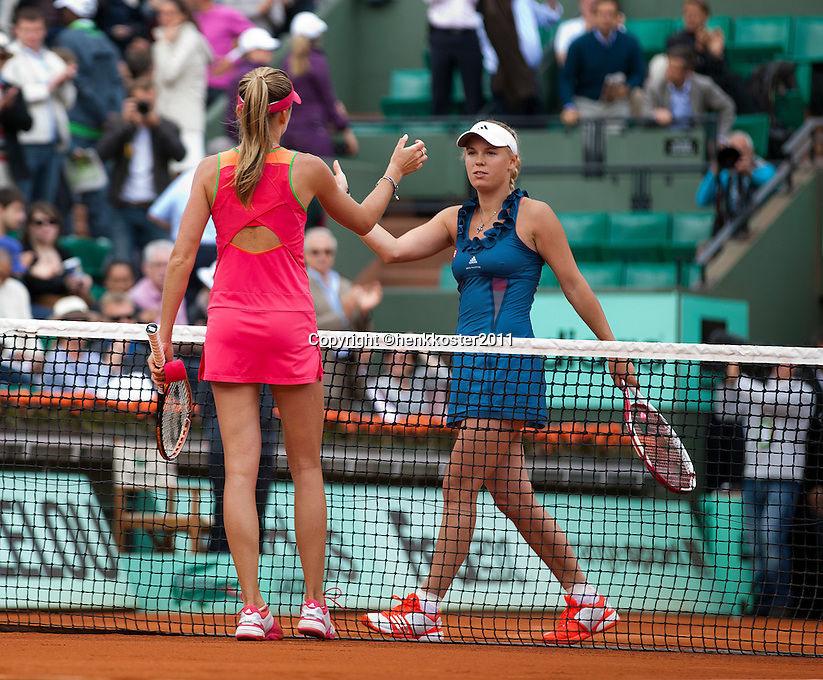 27-05-11, Tennis, France, Paris, Roland Garros ,  Caroline Wozniacki de nr. een van de wereld verliest van Hantuchova (L)