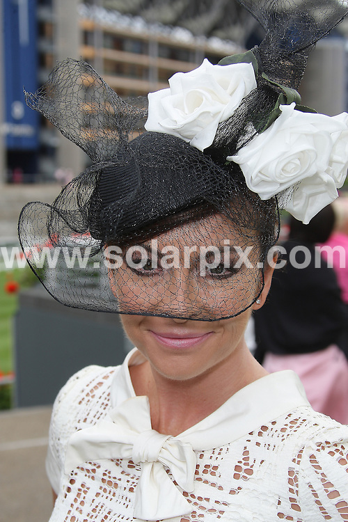 **ALL ROUND PICTURES FROM SOLARPIX.COM**.**WORLDWIDE SYNDICATION RIGHTS**.Day 3 at Royal Ascot 2009, Ascot Racecourse, Ascot, UK. 18 June 2009..This pic: Susi Perry..JOB REF: 9868 GRR       DATE: 18_06_2009.**MUST CREDIT SOLARPIX.COM OR DOUBLE FEE WILL BE CHARGED**.**MUST NOTIFY SOLARPIX OF ONLINE USAGE**.**CALL US ON: +34 952 811 768 or LOW RATE FROM UK 0844 617 7637**