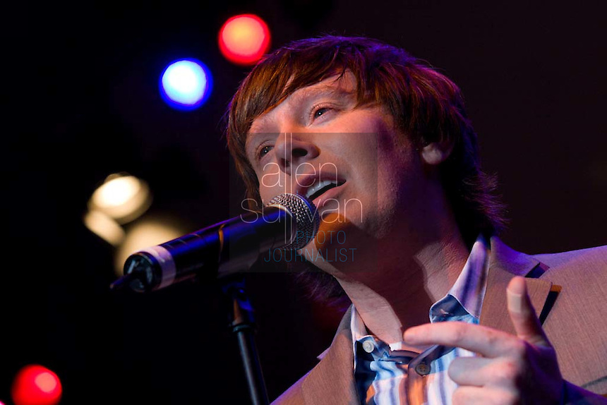 Clay Aiken performs with the Atlanta Symphony Orchestra at the Chastain Amphitheater on Wednesday, August 15, 2007.